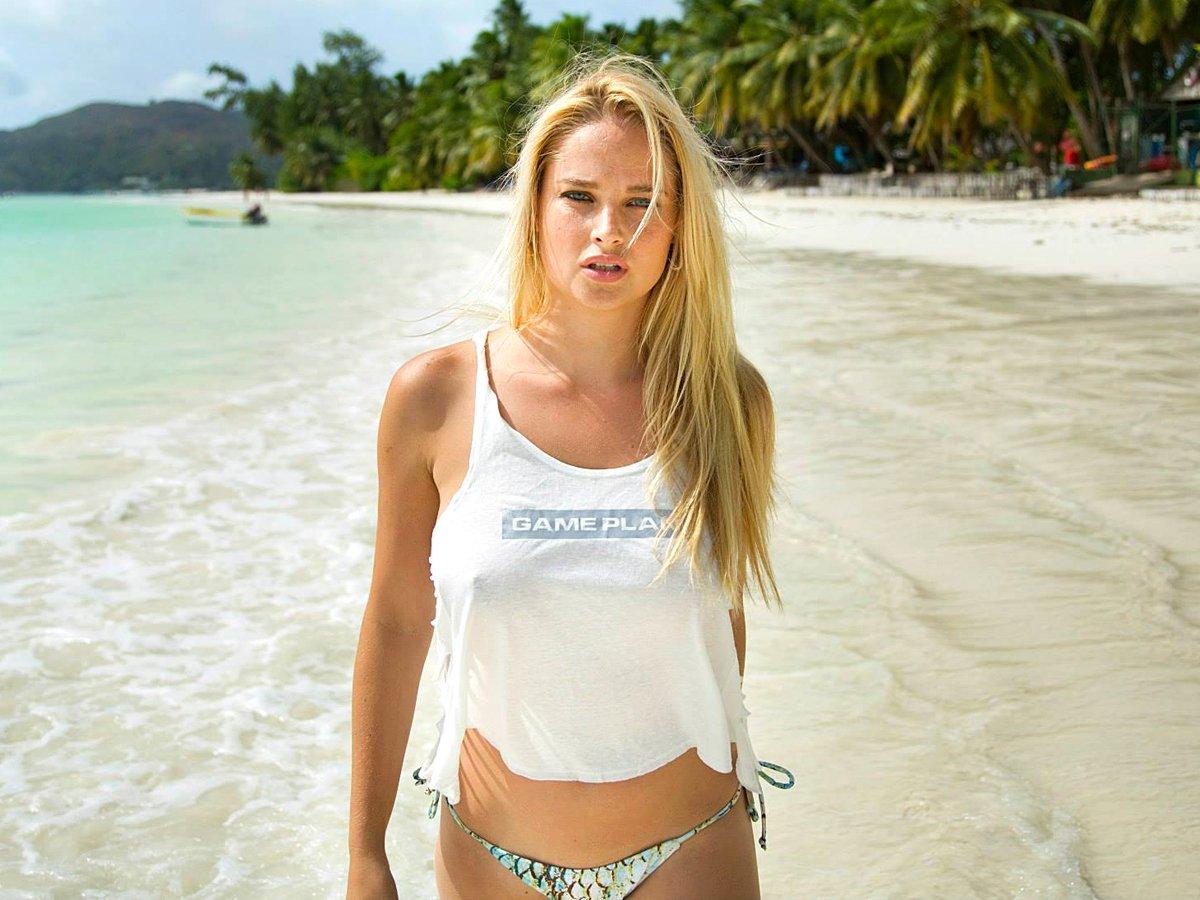 hot babe Geneviene Morton on the beach