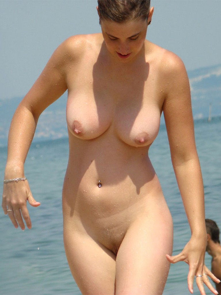 Understood not Nude women caught on beach goes