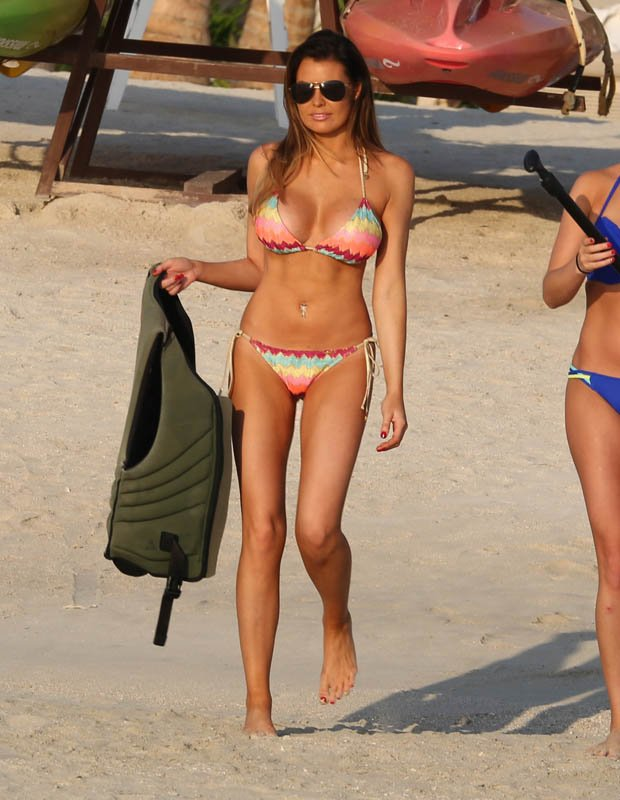 TOWIE's Jessica Wright hot bikini body photo 5