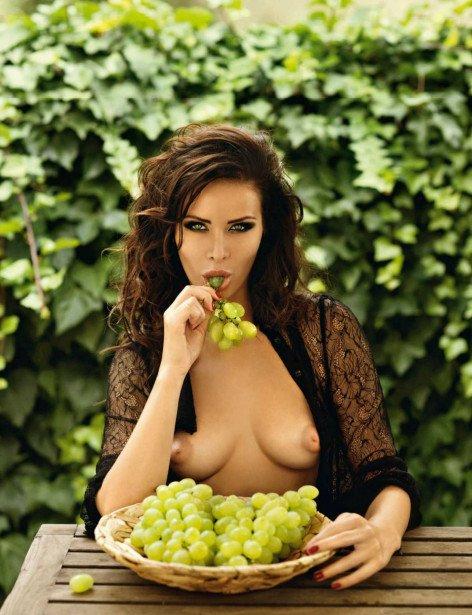 Beautiful Anastasia Nikitina naked in Playboy magazine photo 1