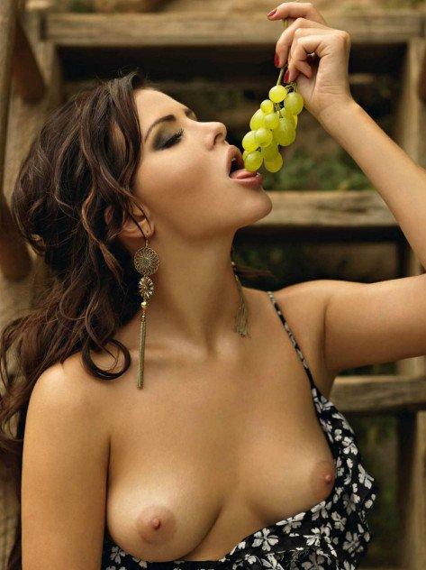 Beautiful Anastasia Nikitina naked in Playboy magazine photo 4