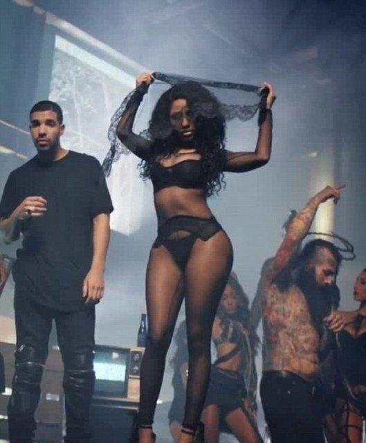 "Nicki Minaj Hot curves in music video ""Only"""
