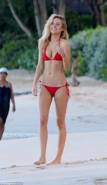 Kimberley Garner red bikini on the beach pic 5