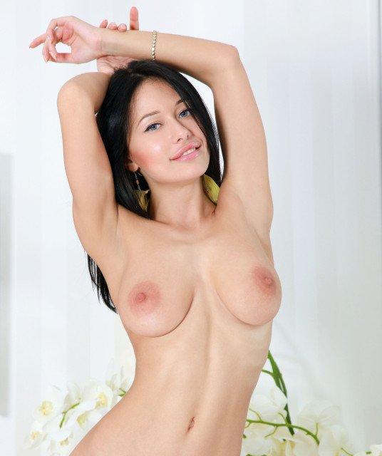 Pretty babe Mila M topless photo