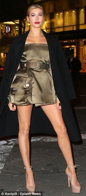 Hailey-Baldwin hot legs in mini dress