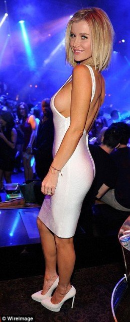 Joanna-Krupa braless sexy white dress at night club photo 7