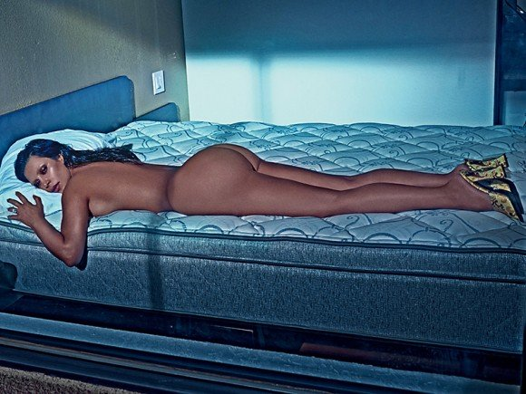 kim kardashian naked in bed