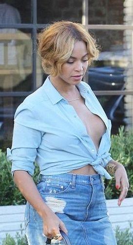 Beyonce Goes Braless in Very Revealing Denim Top