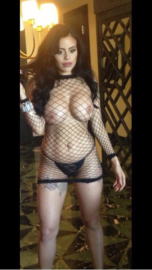 sexy-fishnet-reveals boobs-photo 5