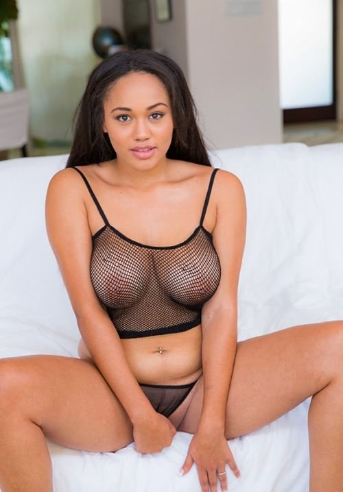 sexy-fishnet-reveals boobs-photo 9
