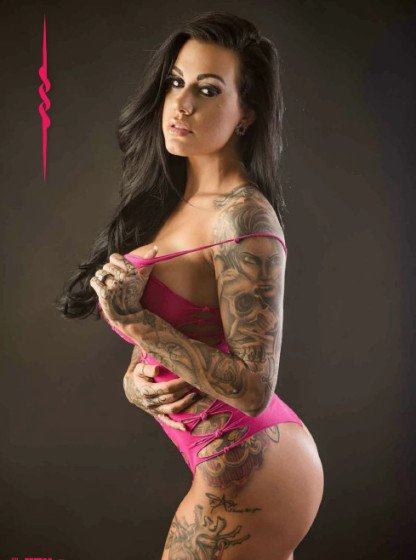 Heather Moss tattoo revue mag pic 4