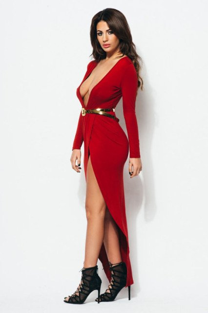 Holly Peers is smokin' hot in red dress
