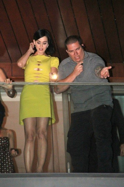 Katy Perry hot legs in Yellow mini dress