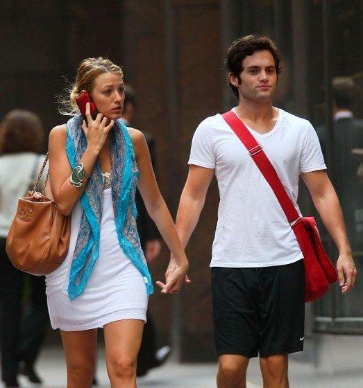 Blake Lively - hot Nipple Slip during strolls throught New York City photo