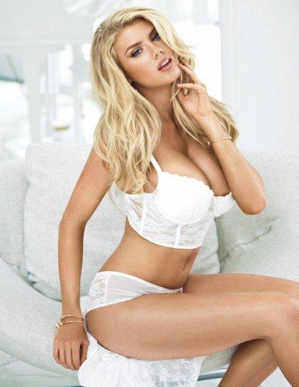Charlotte McKinney - Guess lingerie 2015