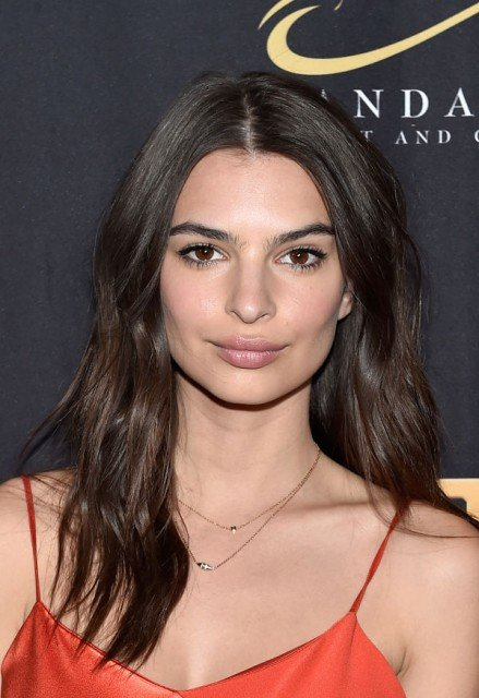 Emily Ratajkowski beautiful face