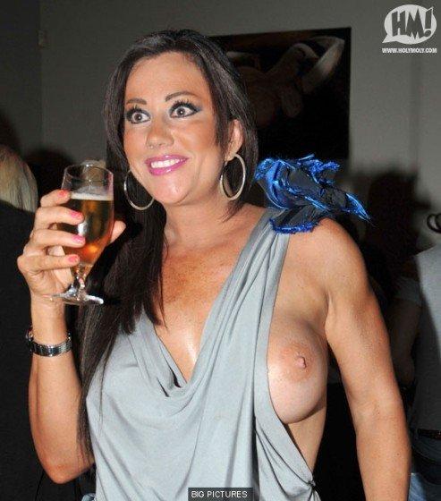 Lisa Appleton massive boobs slip