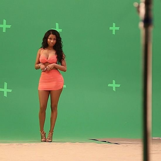 Nicki Minaj hot legs in outfit