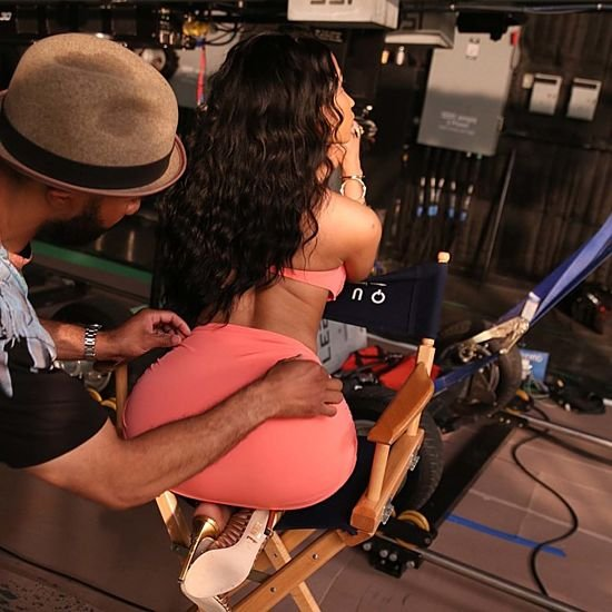 Nicki Minaj big butt in tight skirt