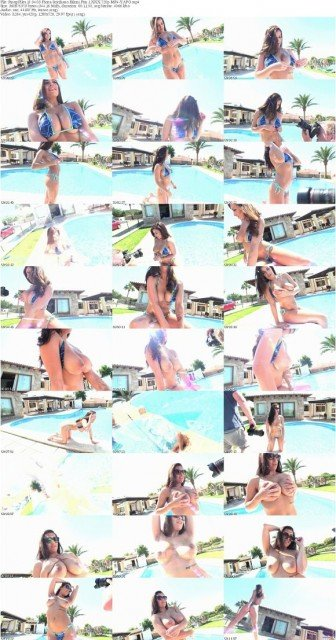 Fiona Siciliano bikini fun video shots