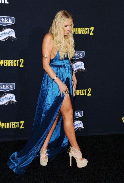 Alli Simpson hot blu dress
