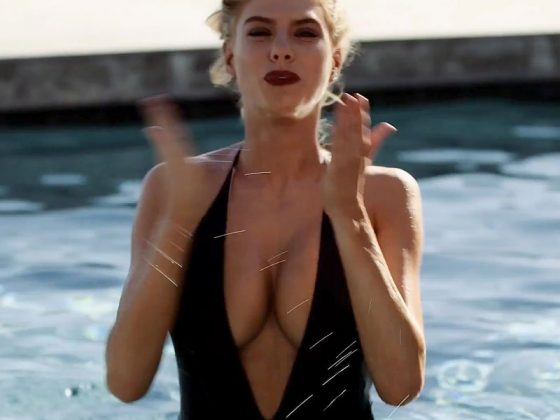 Charlotte McKinney boobs in sexy swimsuit