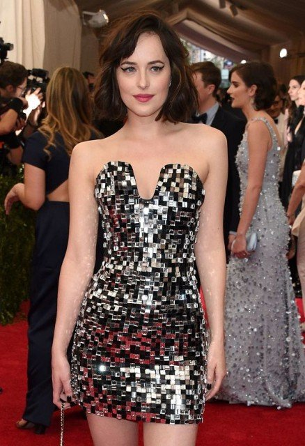 actress Dakota Johnson hot dress