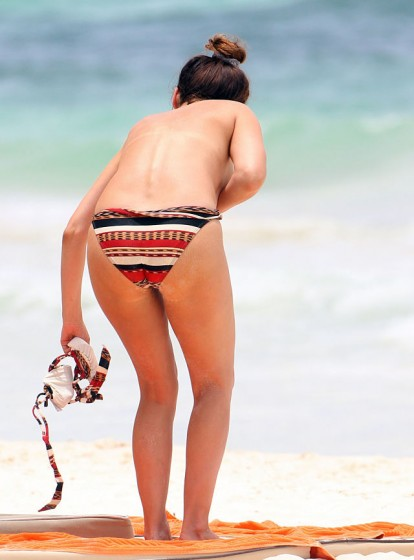 Kelly Brook topless bikini