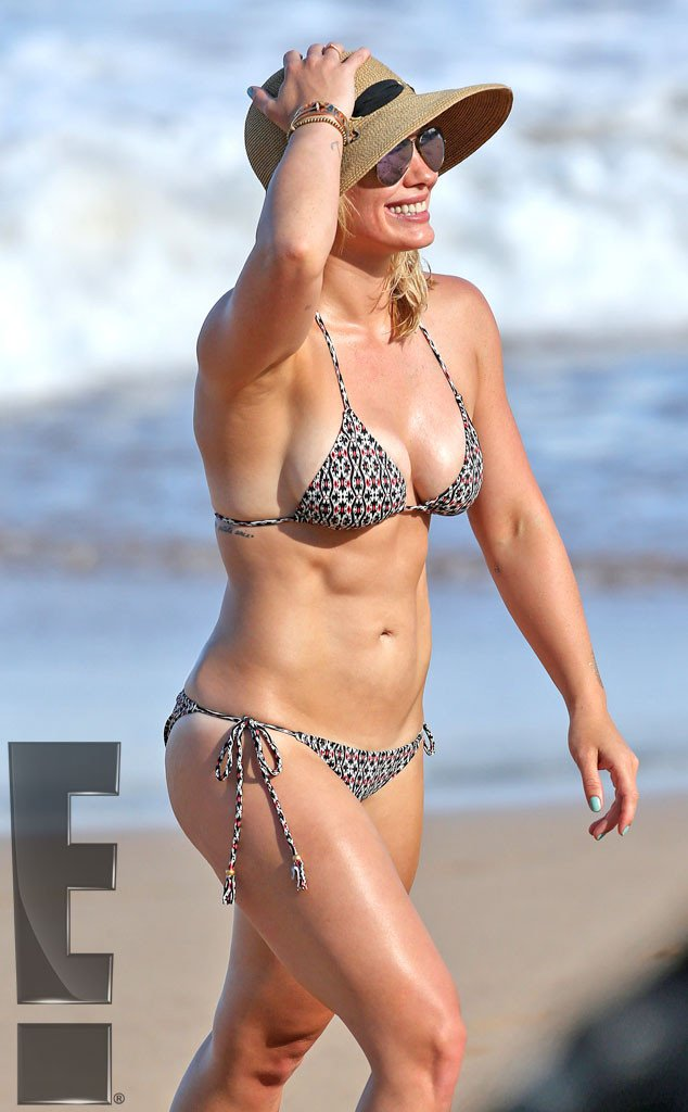 Bikini Bod alert! Hilary Duff bikini singer on vacation in Hawaii