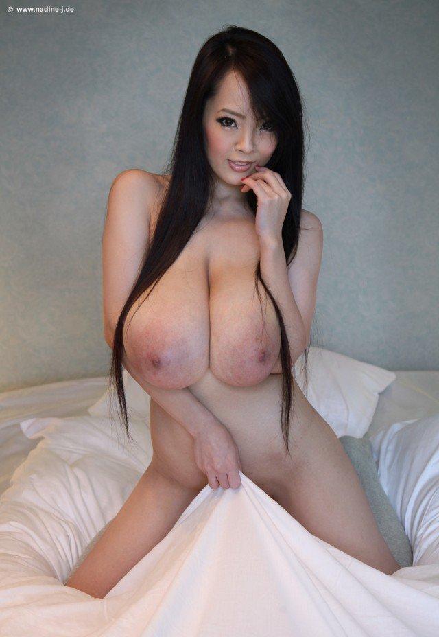 Hitomi Tanaka naked
