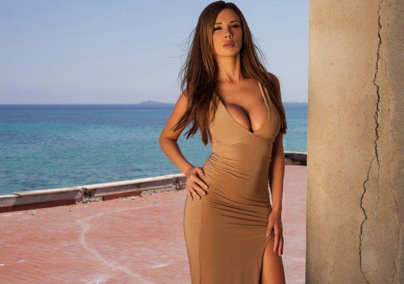 big tits woman braless cleavage sexy dress