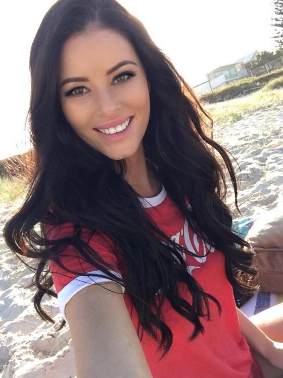 Jaylene Cook-beautiful-girl-selfie
