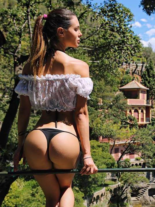 Hot Silvia Caruso ass thong bikini