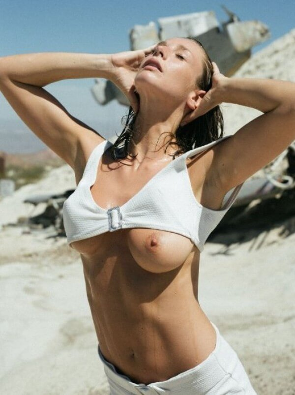 Emily Agnes tits out
