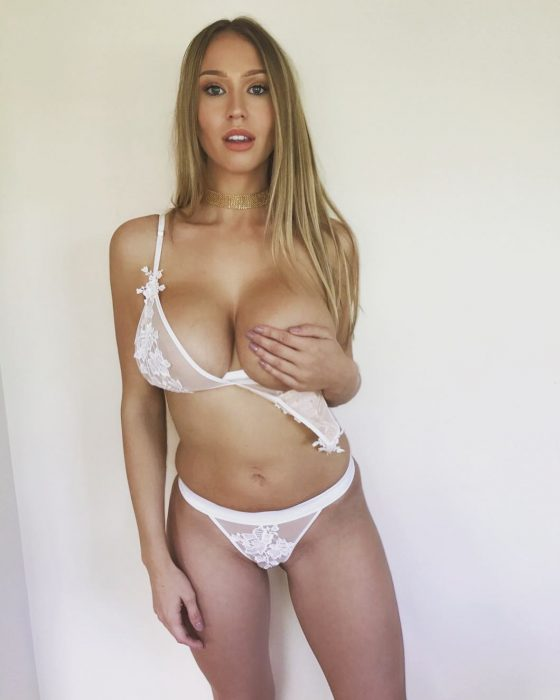 sexy model big tits bra handcup