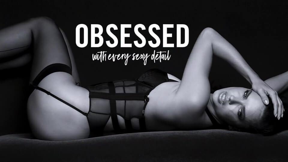 Adriana Lima sexy lingerie