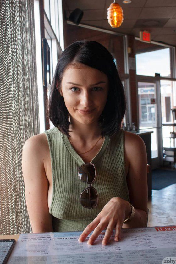Tracy Maura sexy