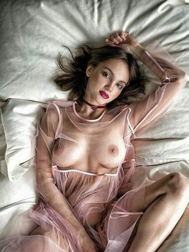 fashion model naked tits