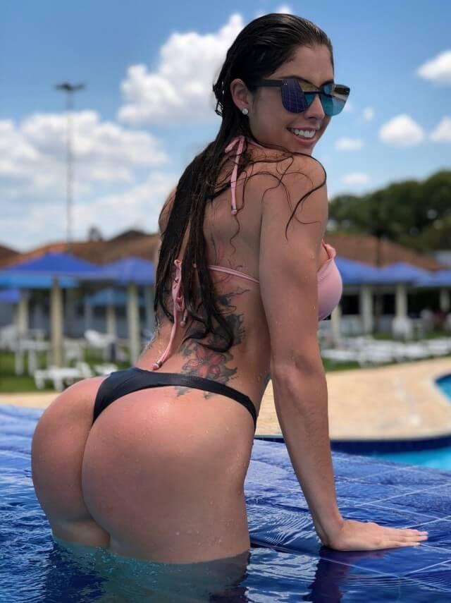 Milena Saurin bikini babe