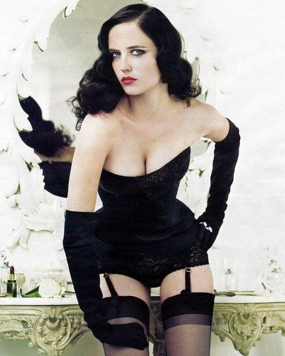 Eva Green sexy black lingerie