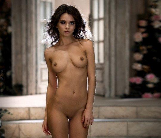 Kristina Makarova nude photo shoot
