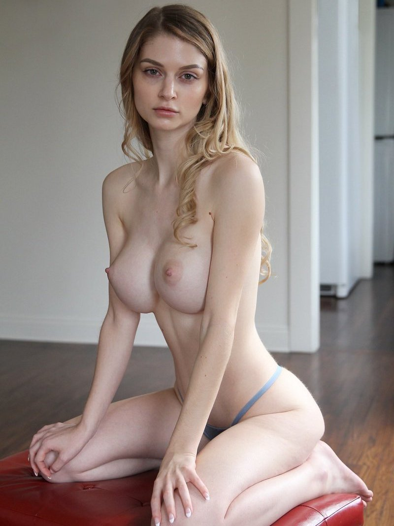 Incredibly Nadya is so horny! (porn pics and sex video)