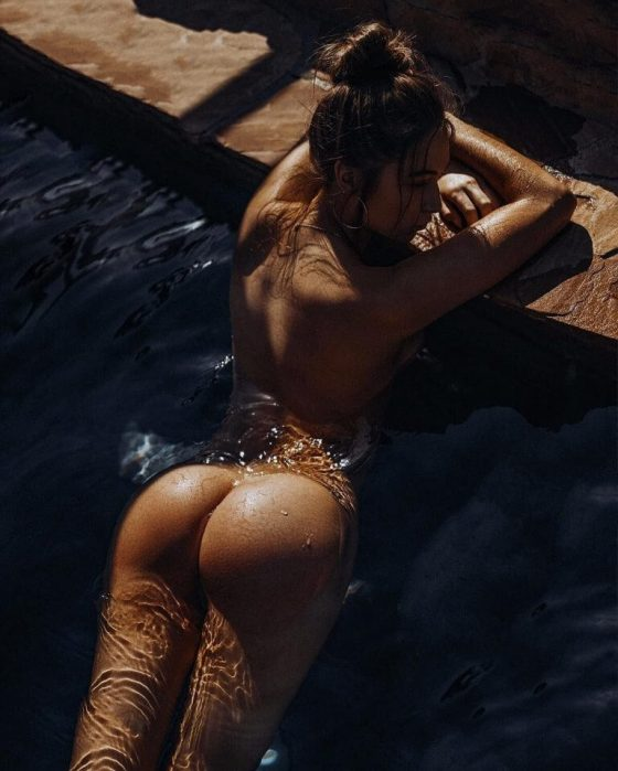 Elsie-Hewitt-Nude-wet-stories