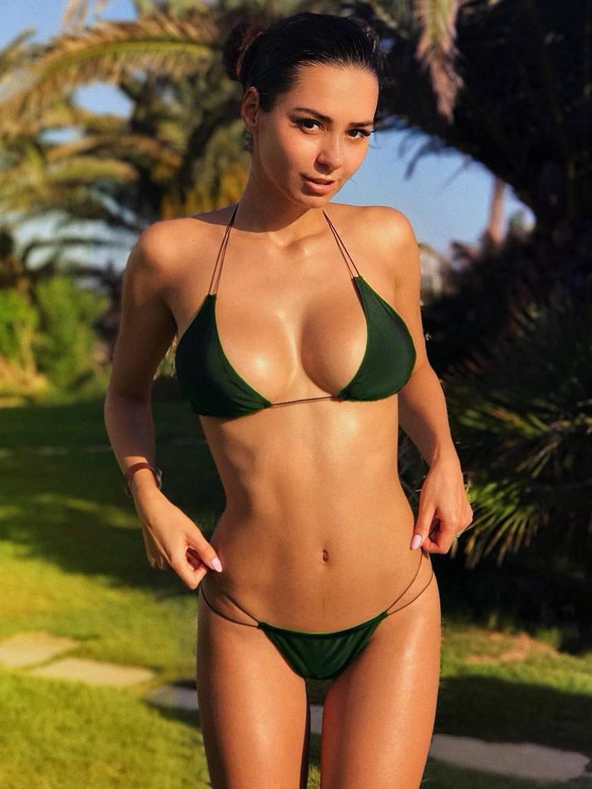 Helga Lovekaty sexy bikini babe
