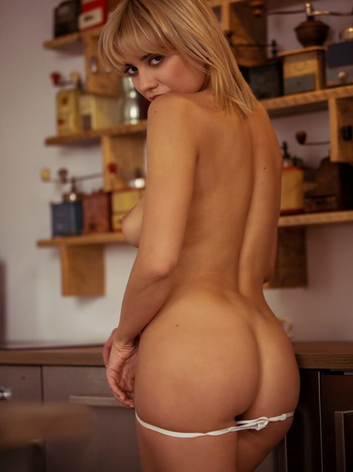 Margo Dumas ass naked