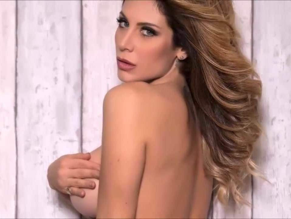 Paola Caruso topless