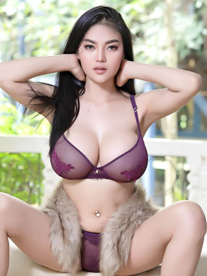 bUSTY aSIAN pITTA SEXY