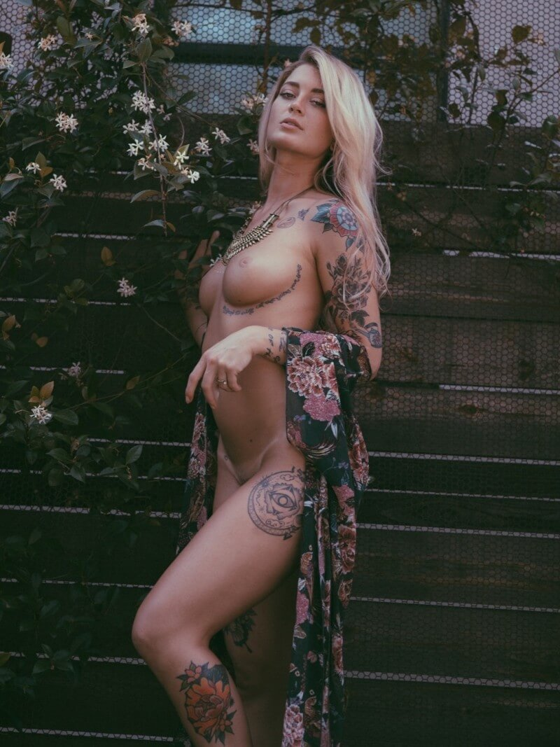 Taylor Green nude tattooed babe