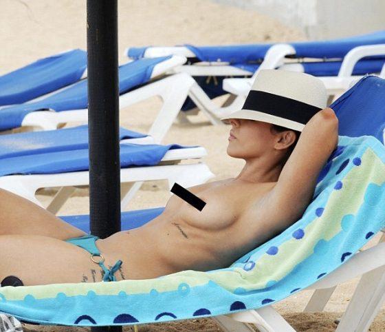 Roxanne Pallett topless tits