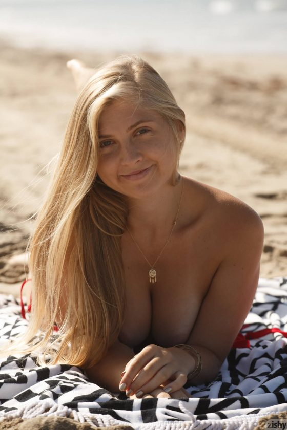 Zishy – Kayla Linchek Rolls To Dockweiler 2